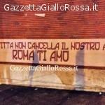 AS ROMA Striscione per la squadra a Via Vetulonia (FOTO)