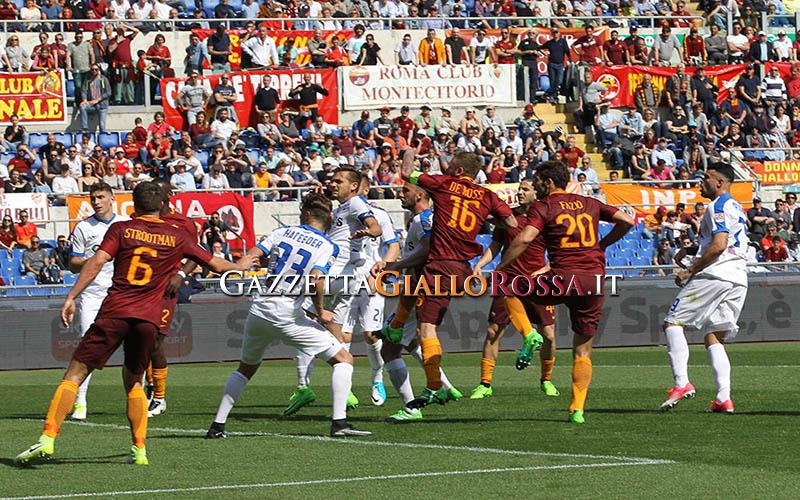 Roma, Manolas si avvicina all'addio: il sostituto ideale può arrivare dal Liverpool