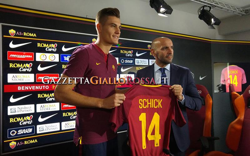 Roma, Totti inizia il corso da allenatore